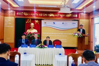 Vietnamese and Korean Intellectual Property Agencies support the development of Quang Nam silk products